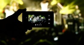 android film taping concert 280x150 - Tips to shoot the best video using Android
